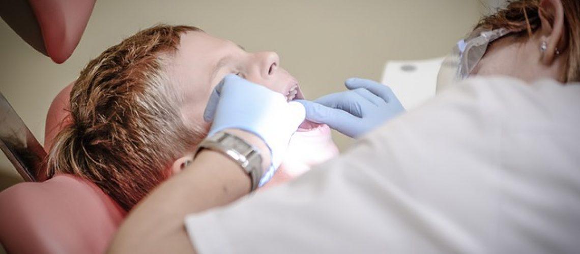 הקלה על כאבי שיניים
